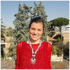 After following all the work of the paper paste mixed with terracotta necklace, Egeo is happy to present Giulia, just arrived from Berlin, wearing the new necklace!!!! :-)