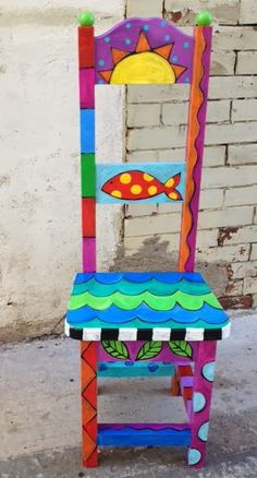 Painted chair from the blog: The time to be happy is now.  thedreamingbear.blogspot.com