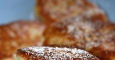 Placki przygotowałam z reszty sera, który został mi po przygotowywaniu ciasta. Są bardzo ciekawe w smaku, bardzo serowe, świetne gdy zechce... Healthy Meals, Healthy Recipes, Pierogi, Kielbasa, Polish Recipes, Lchf, French Toast, Bb, Muffin