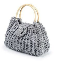 Harriet - free textile yarns crochet bag pattern by Boodles. There are 10 more free Pdf bag patterns on this downloads page.
