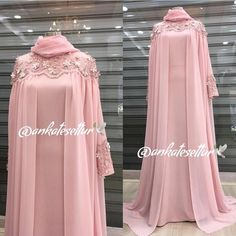 Image may contain: one or more people and people standing Muslim Women Fashion, Islamic Fashion, Mode Abaya, Mode Hijab, Abaya Fashion, Fashion Dresses, Hijab Dress Party, Dress Pesta, Pinterest Design
