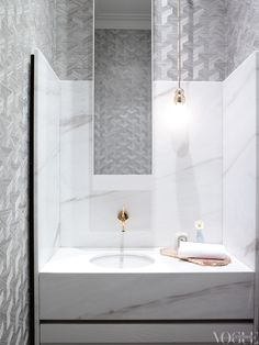 bathroom perfection via Vogue Living #modernglamour
