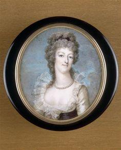 Miniature portrait of Marie-Antoinette, 1792, on ivory, set on box lid (Versailles)