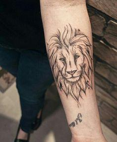 25 Mejores Imágenes De Tatuaje Pierna León En 2019 Tatuaje Pequeño