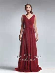 de3f99ee3e6 Amazing Wine Criss Crossed Bodice V Neck Long Chiffon Dress   tulleandchantilly Cranberry Bridesmaid Dresses