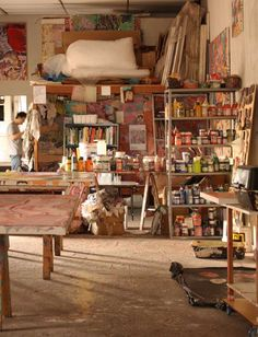 Studio of Henrique Oliveira