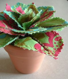 Fabric leaf potted plant from Jane Joss. Only $13:50, but with shipping and import costs to the UK, better to make it.