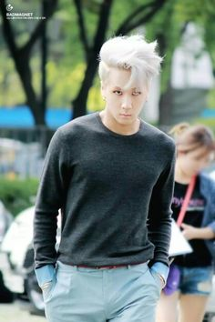 This is one of my favorites of Ravi...and idk why lol #VIXX #LR yes
