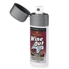 Red Wine Stain Remover.  Limpia las manchas de vino más difíciles de las alfombras, prendas de vestir y ropa de mesa.  tamaño conveniente, fuga de aerosol a prueba de bolsillo, bolso, de viaje o de lavandería.  Inodoro.  No tóxico.  1 oz fl.  (30 ml)