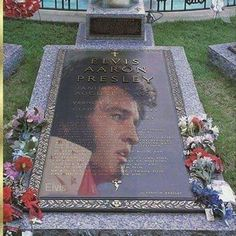 """( 2015 IN MEMORY OF ★ † ♪♫♪♪ ELVIS PRESLEY ) ★ † ♪♫♪♪ Elvis Aaron Presley - Tuesday, January 08, 1935 - 5' 11¾"""" - Tupelo, Mississippi, U.S. Died; Tuesday, August 16, 1977 (aged of 42) Memphis, Tennessee, USA. Cause of death: (cardiac arrhythmia) ★ Priscilla Ann Wagner - Thursday, May 24, 1945 - Tupelo, Mississipi, USA. (m.1967; div.1973) ★ Lisa Marie Presley - Thursday, February 01, 1968 - Memphis, Tennessee, USA."""