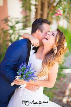 Antalya Muratpaşa Dış Mekan Düğün Fotoğrafları. Funda Demirkaya Düğün Fotoğrafçısı.