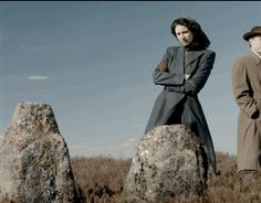 1940s Claire seeing the Clan MacKenzie stone at Culloden
