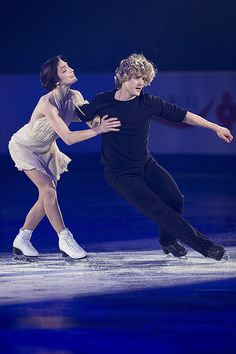 Meryl Davis & Charlie White, USA skating to Adel