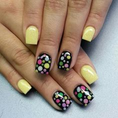 Stunning Nails… pale yellow and cute dots