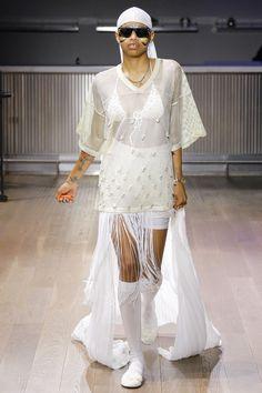 Gypsy Sport Spring 2017 Ready-to-Wear Fashion Show - Simone Thompson