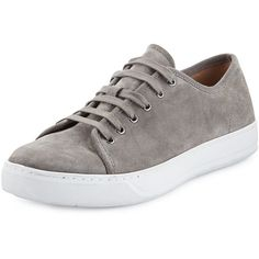 Vince Austin Suede Low-Top Sneaker (€285) ❤ liked on Polyvore featuring men's fashion, men's shoes, men's sneakers and grey