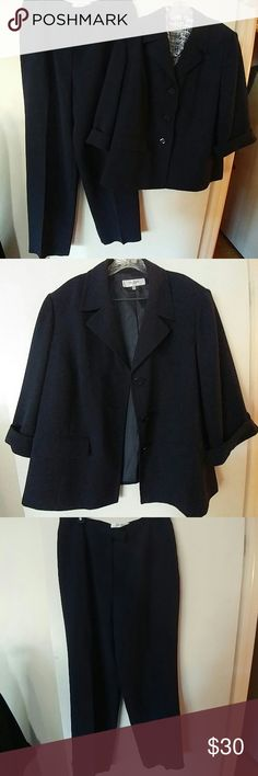 WOMEN'S NAVY FULLY LINED 2 PC SUIT Women's Plus size.  Jacket 20W Pants 14W.  EUC.  But missing one side of clasp closure on pants.  Shown in pic 4.  Otherwise mint.  Jones Studio Separates.  Jacket has 3 buttons, 2 pockets, cuffed sleeves.  Pants have front zipper, overlapping button and clasp closures.  Fully lined and ready for business, church or a night out. Jones Studio Separates Other