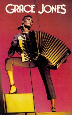 GRACE JONES : THE ONE MAN SHOW! Tour Program 1980. Grace in man-drag. (minkshmink)