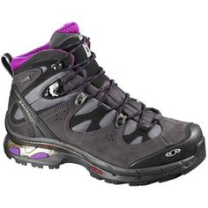 Salomon have designed an innovative range of walking boots and outdoor footwear, including the durable and waterproof Ladies Salomon Comet Walking Boots! Gore Tex Hiking Boots, Hiking Boots Women, Snowboard, Salomon Hiking Boots, Espadrilles, Best Hiking Shoes, Hiking Fashion, Walking Boots, Hiking Gear