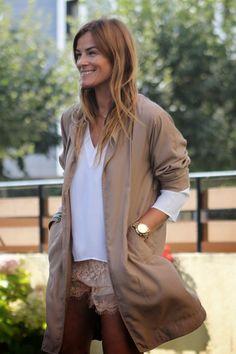 Short y Gabardina ...   ¡¡ Es cuestión de Estilo !!! - Fashion Blog