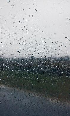 Rain Rain Fall Down, Snapchat, Rainy Day Photos, Rainy Mood, I Love Rain, Rain Days, Sound Of Rain, Rain Photography, Going To Rain