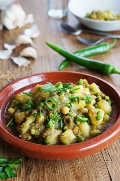 Curry de pommes de terre aux pois  #veggie #vegetarien #vegetarianfood #vegan #curry #curryindien #indianfood #indiancurry #nomeat #sansviande #foodlovers #pornfood #yummy #spicy #india #recipe #picoftheday #foodphotography #potatoes #gourmand #epices