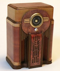 Miniature Antique Radio Reproductions - Miniatures by Shaker Works West 1940 Zenith Floor Model Console Radio