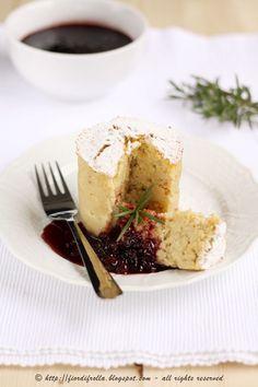 tortini alla mela con salsa di mirtilli al vino rosso     #recipe #juliesoissons