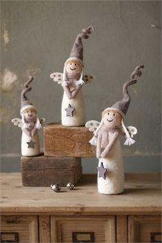 ✄ A Fondness for Felt ✄ felted craft diy inspiration - felt christmas angels Angel Crafts, Christmas Projects, Felt Crafts, Holiday Crafts, Christmas Makes, Christmas Angels, All Things Christmas, Christmas Time, Angel Ornaments