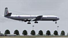 DH 106 Comet RAF landing Tripoli