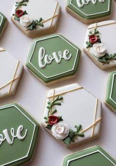 Iced Cookies, Cute Cookies, Royal Icing Cookies, Cookies Et Biscuits, Milk Cookies, Baby Cookies, Heart Cookies, Wedding Shower Cookies, Wedding Cupcakes