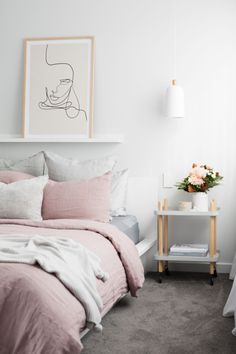 Painting rooms the right way Pastel Bedroom, Bedroom Red, Small Room Bedroom, Bedroom Colors, Bedroom Decor, Bedroom Inspiration Cozy, Bedroom Inspo, Interior Pastel, Scandinavian Interior Bedroom