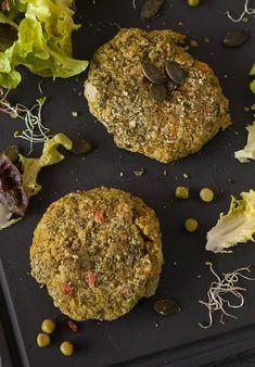 » Burgers de pois chiches, riz et petits pois | Clea cuisine Veggies, Gluten, Chocolate, Desserts, Recipes, Falafels, Food, Table, Chickpeas
