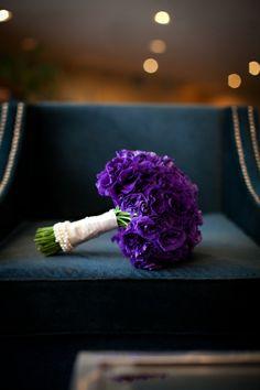 purple bride's bouquet, modern purple New England wedding, Deborah Zoe Photography