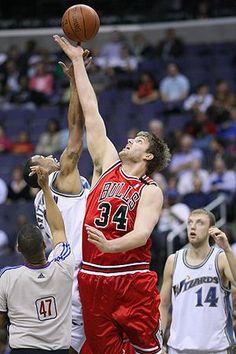 Chicago Bulls - Aaron Gray : 2007-2010
