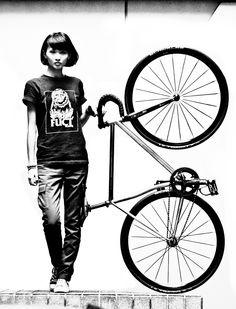 souplaws: Tom's cool girl / 湯姆的摯愛 by 涂爸 Fixed Gear Bike, Bike Wear, Hey Man, Bike Style, Cycling Art, Tricycle, Road Bike, Cool Girl, Wheels