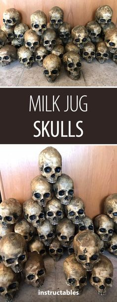 This is awesome but seems so time consuming 😩.It's really easy to make truly horrifying decor. Save up your gallon size milk , water or ice tea jugs to create creepy Halloween decorations by melting and shaping the jugs over a master skull. Halloween Prop, Looks Halloween, Halloween Skull, Holidays Halloween, Halloween Treats, Happy Halloween, Awesome Halloween Costumes, Halloween Parade, Halloween Designs