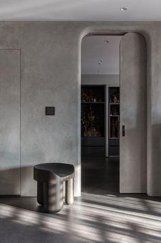 Buddha's House | Peny Hsieh Interiors | Media - Photos and Videos - 12 | Archello Door Design Interior, Flat Interior, Luxury Homes Interior, Modern Interior, Interior Architecture, Interior Decorating, Curved Walls, Bathroom Design Luxury, Interiores Design