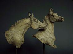 głowy - ceramiczne konie