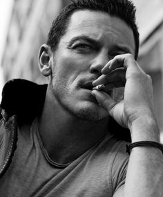 Luke Evans Looks So Sexy for 'Essential Homme' Photo Shoot!: Photo Luke Evans looks so sexy in this photo shoot for his Essential Homme magazine cover story, photographed by photographer Zeb Daemen. Luke Evans Actor, Men Smoking Cigarettes, Taylor Kitsch, Man Smoking, Hommes Sexy, Male Photography, Raining Men, Male Poses, How To Pose
