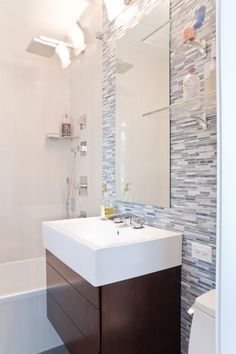 Example of modern with tub
