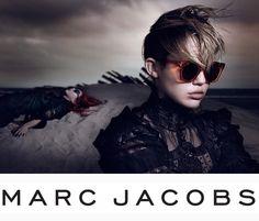 Marc Jacobs Primavera Estate 2014 Online su OcchialiGraduati.com  Il brand si posiziona nella fascia alta del mercato del lusso. La collezione eyewear e sunglasses Marc Jacobs, caratterizzata da forme  sofisticate e leggermente retrò, si distingue per il suo stile esclusivo e glamour. #sunglasses #marcjacobs #shopping #style #ss2014 #summer #fashion #glassesonline   http://bit.ly/1g8JiY7