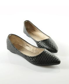 Black Woven Flat Shoes with Point Toe