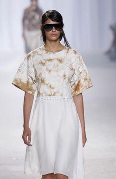 Phillip Lim at #NYFW  http://www.unadonna.it/moda/geodi-rocce-e-cristalli-rivivono-nella-collezione-primavera-estate-2014-3-1-phillip-lim/42759/