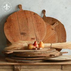 Vintage, wooden round cutting boards