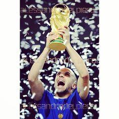 8 anni fa, accadeva questo: tanti ricordi di un #Mondiale vinto, e come... 8 years ago, this happened: so many memories of a #WorldCup won, and how...