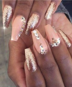 Pinterest: dopethemesz ; bougie glam aesthetic ; Pink glitter gold glitz glam nails art design @_linadoll
