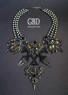 Design of the day - Guzel Bakeeva necklace Star   Beads Magic