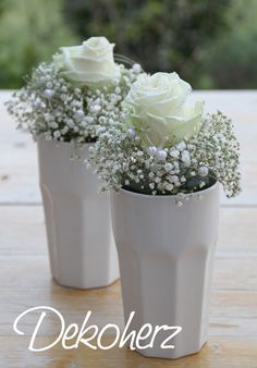 Roses with gypsophila - # roses # sloth .- Rosen mit Schleierkraut – Roses with gypsophila – - Flower Decorations, Wedding Decorations, Table Decorations, Decoration Plante, Deco Floral, Floral Design, Gypsophila, Ikebana, Table Centerpieces