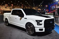 View detailed pictures that accompany our 2015 Ford F-150 Customs: SEMA 2014 article with close-up photos of exterior and interior features. (18 photos)
